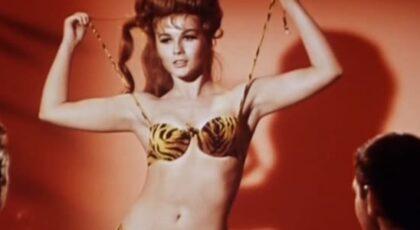 The Swinger (1966) HDVIP