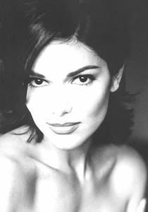 Laura Harring nude