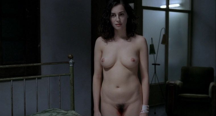 Amira Casar full frontal in Anatomy of Hell (2004)