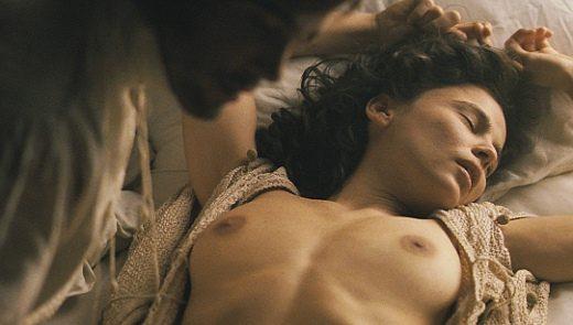 Elena Anaya nude in Alatriste (2006) 1080p Blu-ray Remux