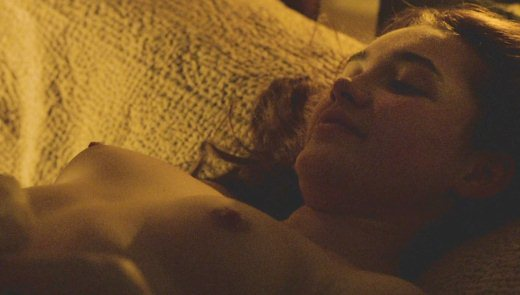Florence Pugh nude in Outlaw King (2018) 1080p WEB